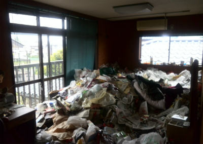相模原市のゴミ屋敷の片付け写真・3